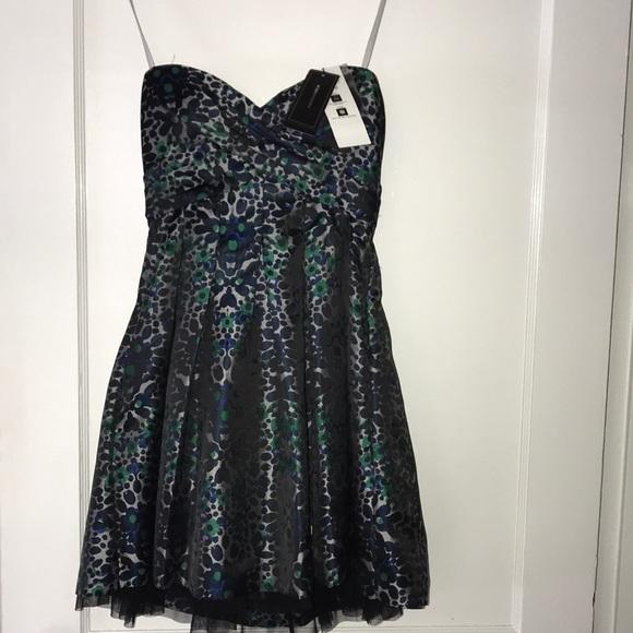 BCBGMaxAzria Dresses & Skirts - BCBG gorgeous dress